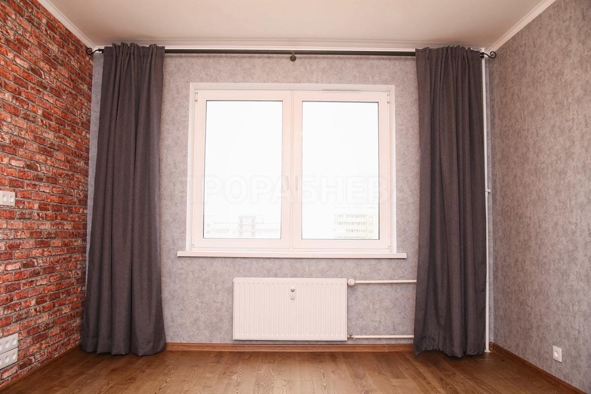 Карниз для штор на всю ширину стены