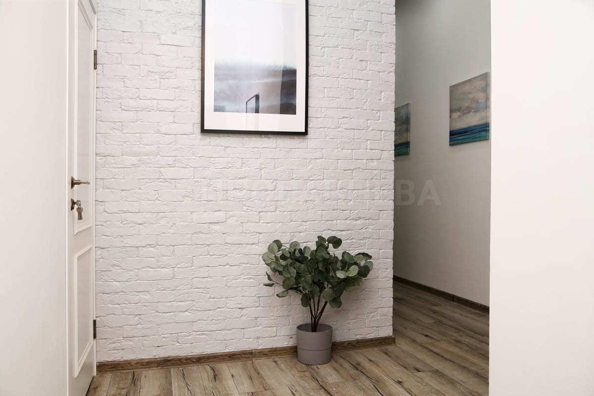 Ремонт большого коридора в квартире - Прораб Нева